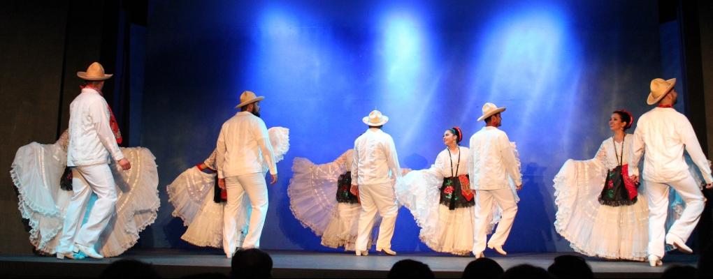 Dancing Veracruz
